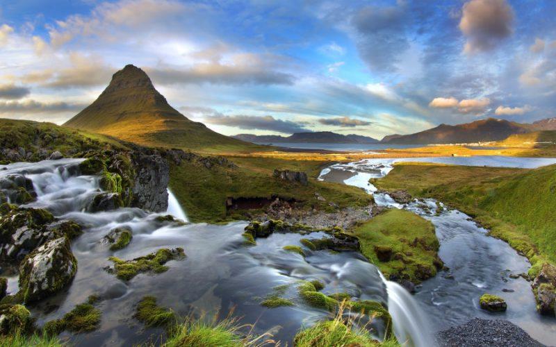 ทัวร์ไอซ์แลนด์ (วงใหญ่รอบเกาะ + ล่าแสงเหนือ)